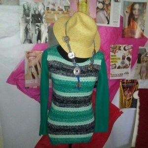 Derek Heart Knitted Sweater Size XL